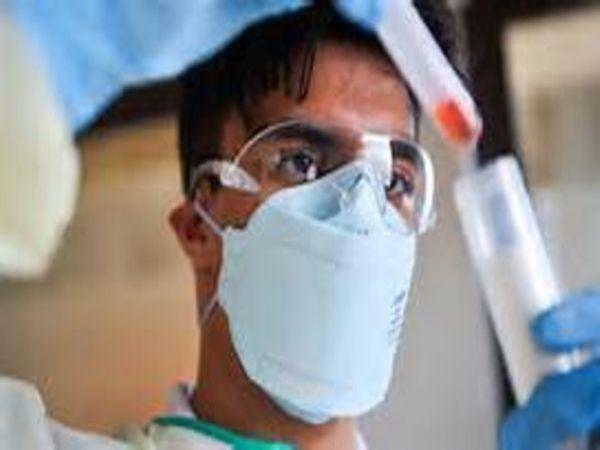 जिले में कोरोना के मरीजों की संख्या लगातार बढ़ने के साथ ही बेड बढ़ाने करने की कवायद चल रही है। - Dainik Bhaskar