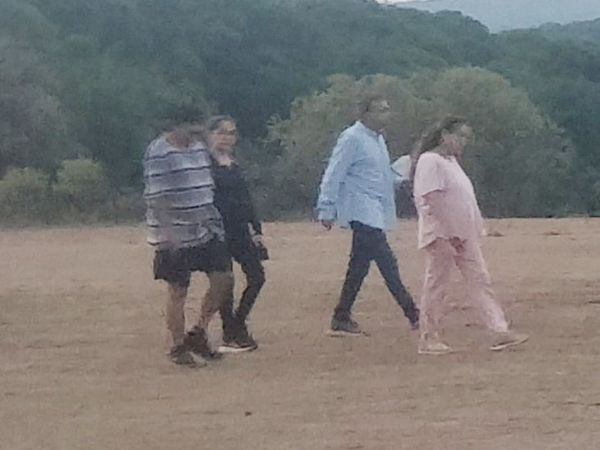 Anil Ambani is in Mahabaleshwar for 15 days.  He used to come for a walk with the family at a golf ground here.  - Dainik Bhaskar