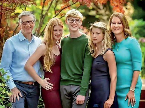 बिल और मिलिंडा के 3 बच्चे हैं, जिनमें दो बेटियां और एक बेटा शामिल हैं।