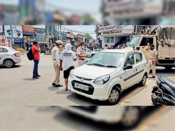 भिवानी. हांसी गेट चाैक पर वाहन चालकाें काे नियमाें की पालना करने बारे अवगत कराते डीएसपी वीरेंद्र सिंह। - Dainik Bhaskar