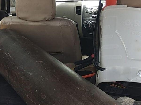 कार में एक सिलेंडर से 3 मरीजों को ऑक्सीजन देने की व्यवस्था है