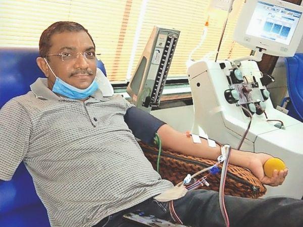 डॉक्टर जगदीश बघासिया ने कोरोना मरीजों के लिए पांचवीं बार प्लाज्मा दान दिया। - Dainik Bhaskar