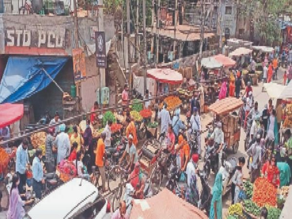पंजाब सरकार ने लोगों को महामारी से बचाने के लिए लॉकडाउन लगाया है। - Dainik Bhaskar