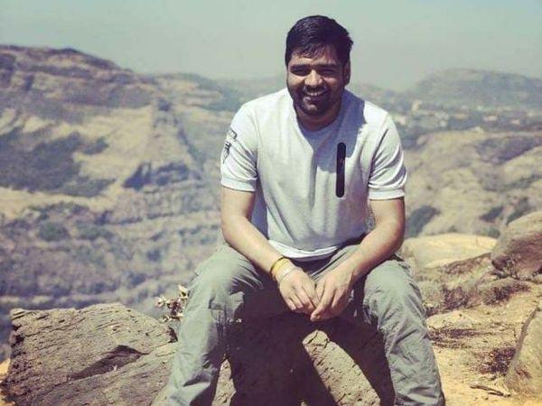 मृतक सिपाही सुरेश की फाइल फोटो। - Dainik Bhaskar