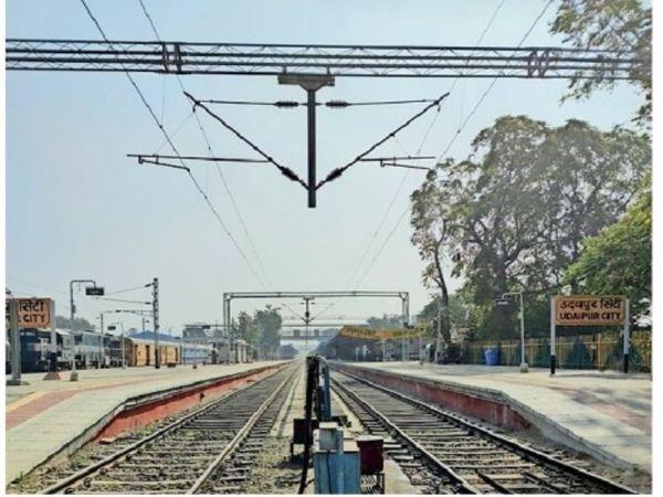 उत्तर पश्चिमी रेलवे द्वारा किया गया ट्रैक का विद्युतिकरण। - Dainik Bhaskar