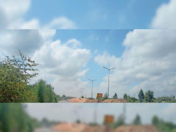 प्रदूषण कम होने से नीला नजर आ रहा आसमान। - Dainik Bhaskar