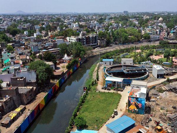 मध्यप्रदेश प्रदूषण नियंत्रण बोर्ड के क्षेत्रीय कार्यालय ने तीन दिन पहले यहां के पानी के सैंपल टेस्ट के लिए दिए थे।