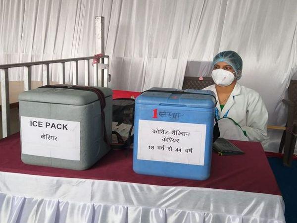 इंदौर में आज केवल 100 को ही वैक्सीन लगना थी।