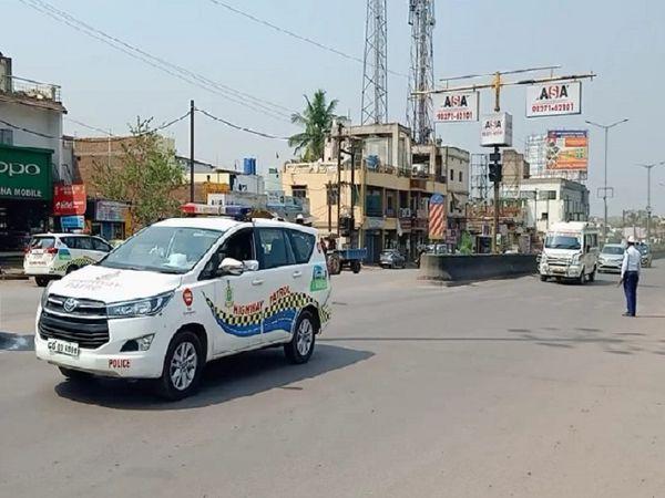ट्राफिक पुलिस दुर्ग द्वारा ग्रीन कॉरिडोर बनाकर एम्बुलेंस को 37 मिनट में बी एम शाह हास्पिटल राम नगर से एयरपोर्ट रायपुर पहुंचाया गया। - Dainik Bhaskar