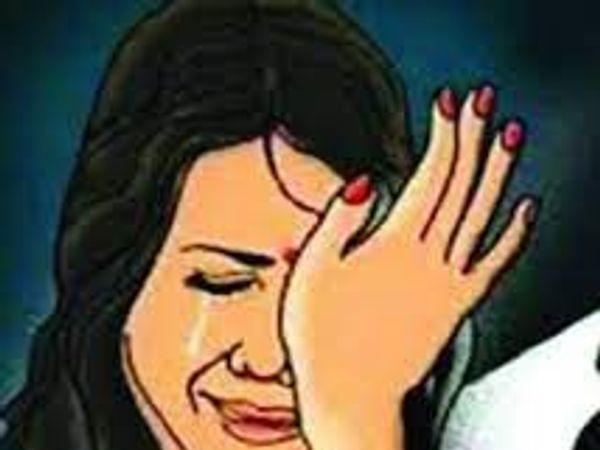 पुलिस ने पति पर केस दर्ज कर ससुरालियों के खिलाफ जांच शुरू कर दी है। - Dainik Bhaskar
