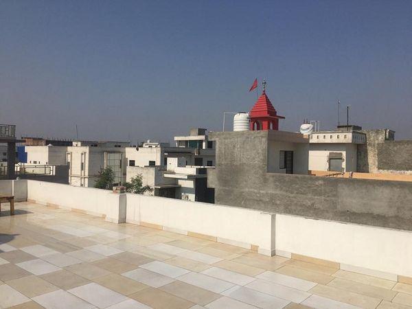 गुरुवार शाम को आंधी के बाद बारिश ने दिलाई थी तपती गर्मी से राहत। - Dainik Bhaskar