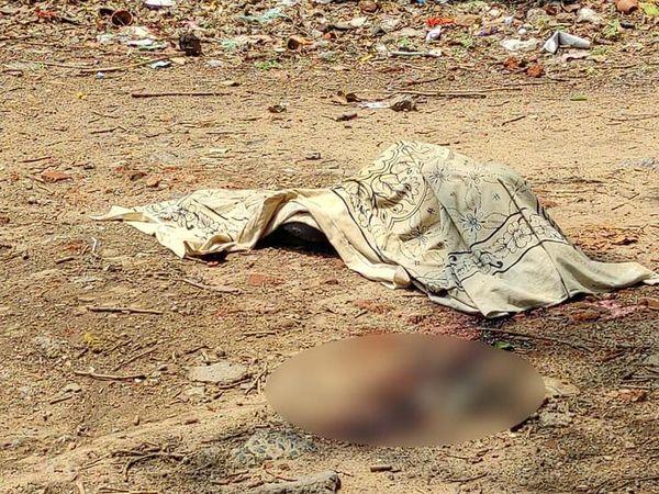 मृतक की पहचान गोविंदपुर थाना क्षेत्र के जनता मार्केट निवासी विजय शर्मा उर्फ बिट्टू (52) के रूप में की गई। - Dainik Bhaskar