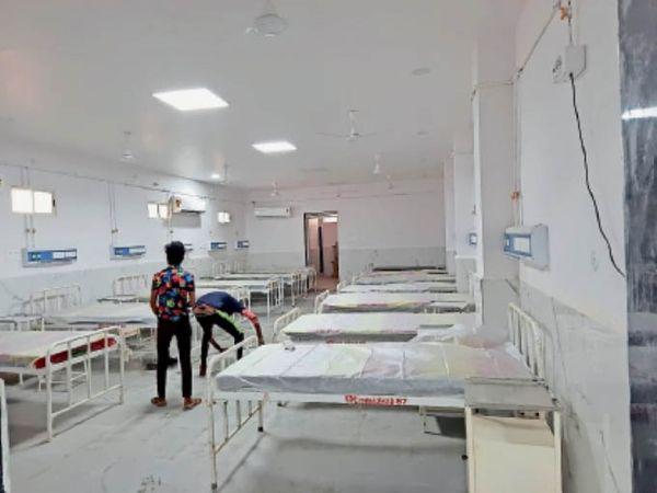 जिला अस्पताल में 15 बेड की यूनिट। - Dainik Bhaskar