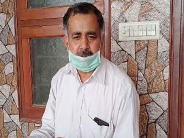 श्रीगंगानगर  के वरिष्ठ डॉ. पीयूष राजवंशी। - Dainik Bhaskar