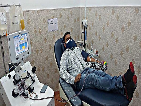 भिलाई के यूथ कांग्रेस के राष्ट्रीय सचिव मोहम्मद शाहिद ने दूसरी बार प्लाज्मा डोनेट किया है। - Dainik Bhaskar
