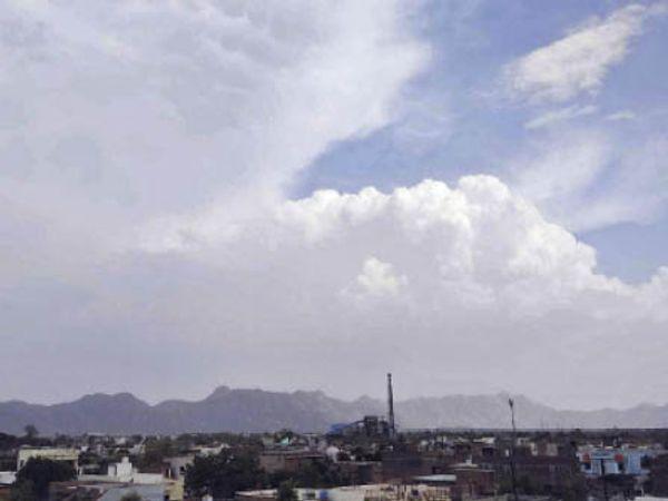 सिरोही. शहर के आसमान में दिनभर बादल छाए रहे। - Dainik Bhaskar