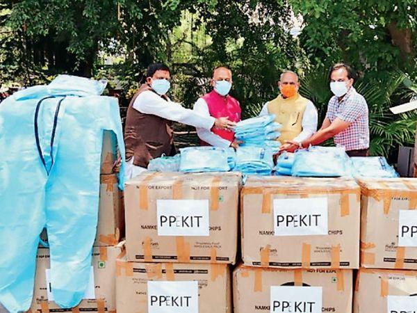 निगम ने दिल्ली सरकार से बिना सहयोग लिए 20 दिनों के अंदर मरीजों के उपचार के लिए अस्पताल बनाए - Dainik Bhaskar