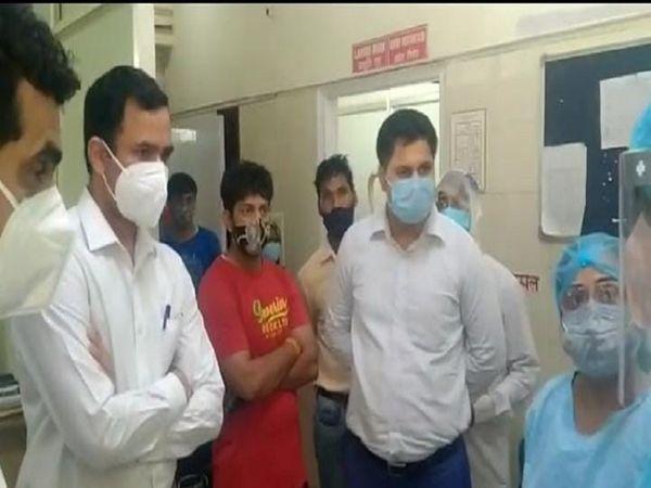 डीसी ने अनियमितता पाए जाने पर तुरंत कार्रवाई करने के आदेश दिए हैं। - Dainik Bhaskar