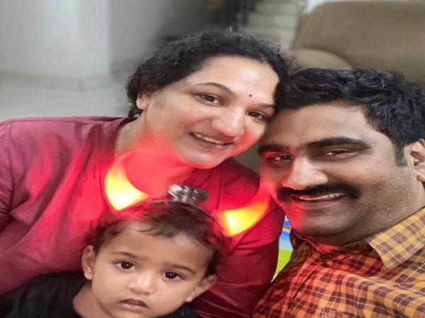 श्रीजना गुम्मला कहती हैं कि कामकाजी महिला हो या घरेलू सभी अपने-अपने मोर्चे पर कुछ न कुछ संघर्ष कर रही हैं। मां होने के नाते महामारी से लड़ने की जिम्मेदारी भी बढ़ जाती है।