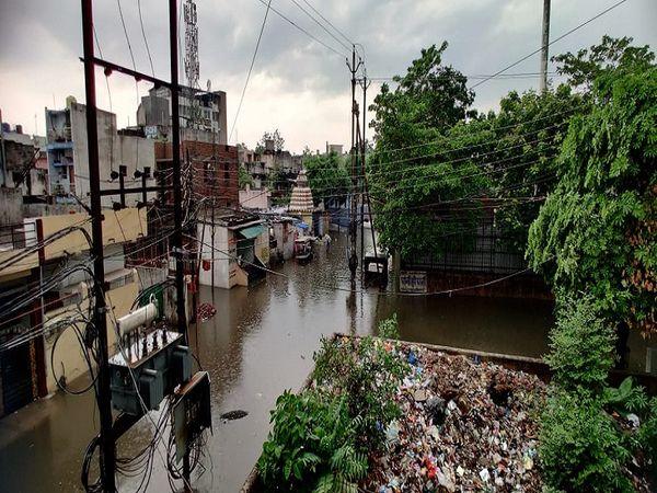 रायपुर के जल विहार कॉलोनी के हालात।