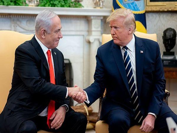 जनवरी 2020 में एक मुलाकात के दौरान इजराइली प्रधानमंत्री बेंजामिन नेतन्याहू और पूर्व अमेरिकी राष्ट्रपति डोनाल्ड ट्रंप।