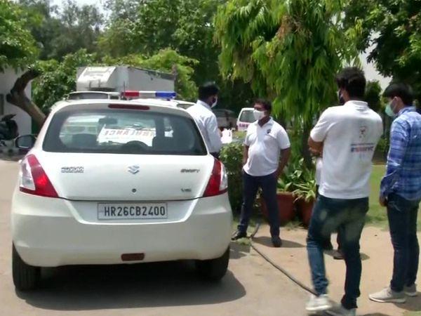 यूथ कांग्रेस प्रेसिडेंट श्रीनिवास बी. वी. से 14 अप्रैल को दिल्ली क्राइम ब्रांच की टीम ने तकरीबन 40 मिनट तक पूछताछ की।