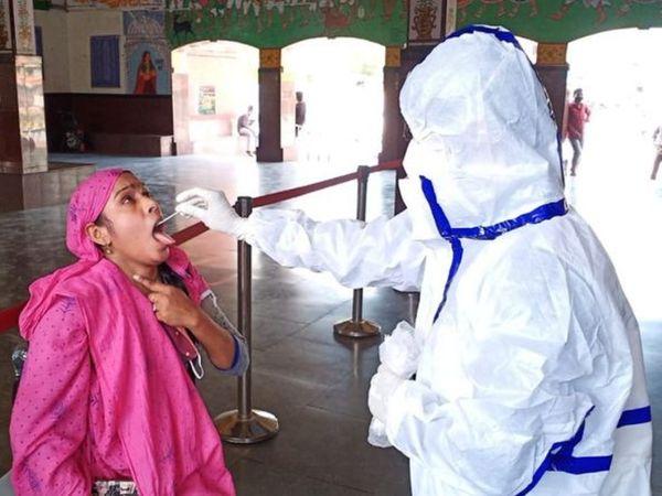 शहरों में लॉकडाउन से संक्रमण की चेन तो टूटी लेकिन एंटीजन टेस्ट बढ़ने से रफ्तार धीमी हुई। - Dainik Bhaskar