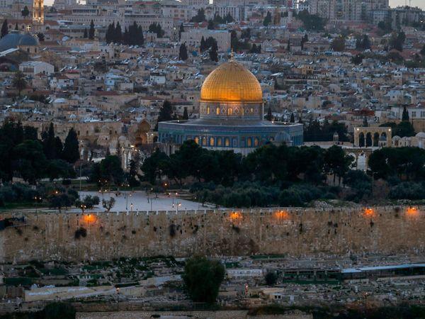 इजराइल और फिलिस्तीन की ताजा जंग अल अक्सा मस्जिद में इजराइली पुलिस के घुसने और लोगों से मारपीट का नतीजा है।