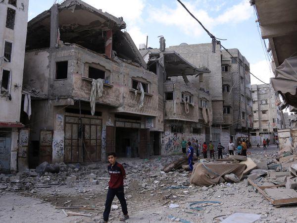 2014 की जंग में भी इजराइल ने गाजा पट्टी को तबाह कर दिया था। अब 7 साल बाद गाजा उसी हालत में पहुंच गया है।