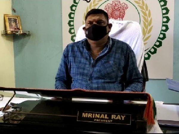 मृणाल राय कहते हैं कि किरंदुल क्षेत्र ही उनका घर है। यहां का हर वर्ग का व्यक्ति मेरे परिवार का सदस्य है।