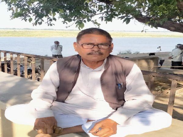 कानपुर देहात क्षेत्र के गंगा तट पर लगभग 40 साल से अंत्येष्टि कराने वाले राजेन्द्र मिश्रा बताते हैं कि उन्होंने कभी भी ऐसा भयावह दृश्य न देखा, न सुना। उन्होंने बताया कि नजफगढ़ में आमतौर पर रोजाना 12-14 शव आते थे, लेकिन अप्रैल मध्य में यह 80-90 तक पहुंच गए।
