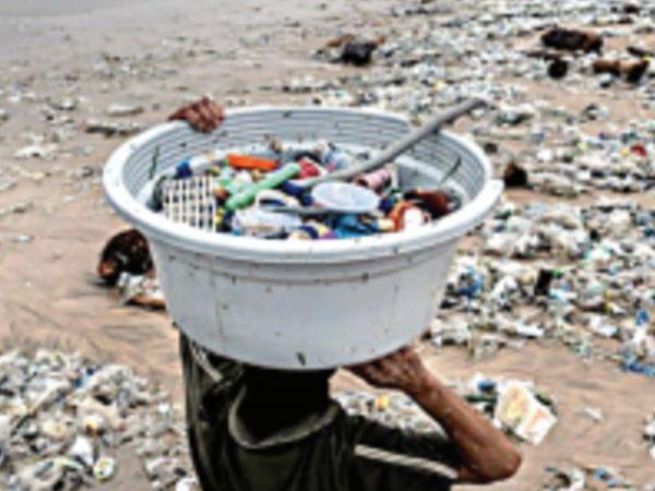 दुनिया के आधे से ज्यादा कचरा सिर्फ 20 कंपनियां पैदा कर रही हैं और ये सभी पेट्रोकेमिकल से जुड़ी हैं। - Dainik Bhaskar
