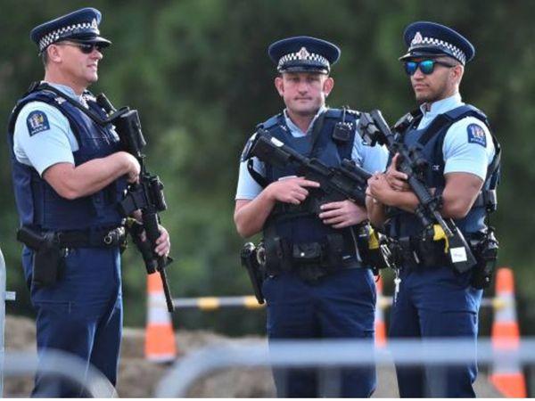 ऑस्ट्रेलियाई पुलिस ने आरोपी के घर की तलाशी के दौरान 70 एयर फ्रेशनर भी बरामद किए थे। (प्रतीकात्मक) - Dainik Bhaskar