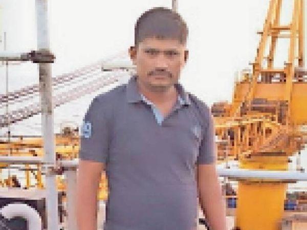 मुंबई में जहाज पर पप्पूराम। (फाइल फोटो)