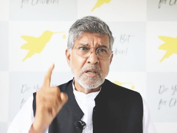 वर्ल्ड हेल्थ असेंबली को संबोधित करते नोबेल शांति पुरस्कार से सम्मानित कैलाश सत्यार्थी। इस दौरान वे भावुक भी हो गए। - Dainik Bhaskar