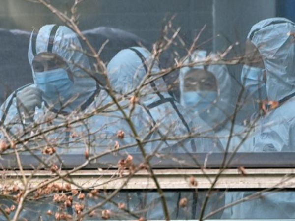 जनवरी में  WHO की एक टीम वुहान लैब की जांच करने गई थी। इस टीम को चीन ने अहम डाटा और कुछ जगहों पर जाने की मंजूरी नहीं दी थी। - Dainik Bhaskar
