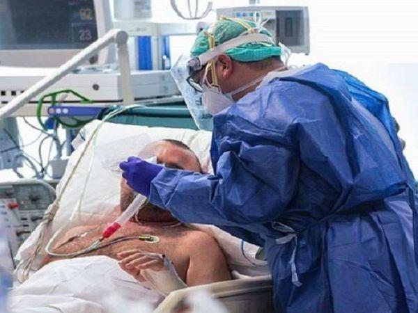 ब्लैक फंगस मरीज का इलाज जारी है। दुर्ग जिले में 28 मरीजों का अलग-अलग अस्पतालों में इलाज किया जा रहा है।