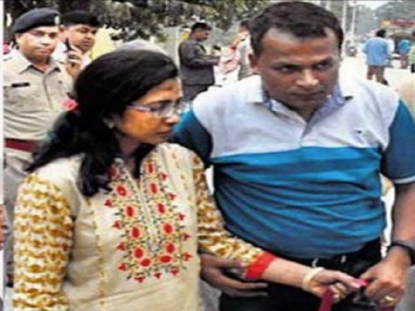 डाॅ. सुदीप गुप्ता व पत्नी सीमा गुप्ता (फाइल फोटो)