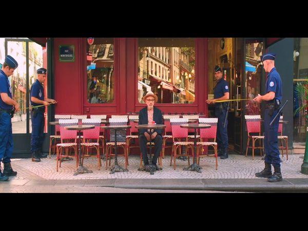 फ़िल्म 'इट मस्ट बी हैवन' का एक दृश्य। - Dainik Bhaskar