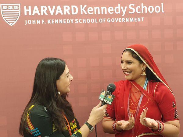 रूमा भले 8वीं तक पढ़ी हैं लेकिन कई बड़े स्कूल-कॉलेजों में उन्हें बुलाया जाता है। वे हार्वर्ड यूनिवर्सिटी भी जा चुकी हैं।