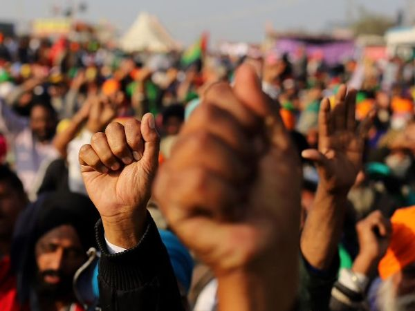 चुनाव ड्यूटी में मरने वाले कर्मचारियों की संख्या को लेकर भी सरकार और संगठन अभी आमने – सामने है। - Dainik Bhaskar