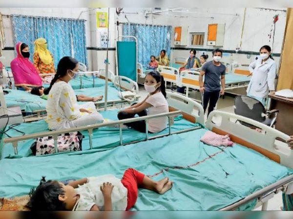 सोनीपत. कोरोना का केस कम होने पर अन्य मरीजों को नागरिक अस्पताल में भर्ती करना शुरू किया। - Dainik Bhaskar