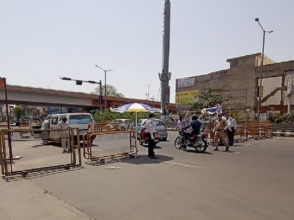 गोपालपुरा मोड़ पर ट्रेफिक पुलिस कार्रवाई करती हुई।