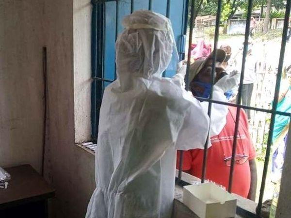 अब तक 3,35,417 संक्रमित मरीजों की पहचान हुई है। इनमें से 3,18,689 ठीक भी हुए हैं। (फाइल) - Dainik Bhaskar