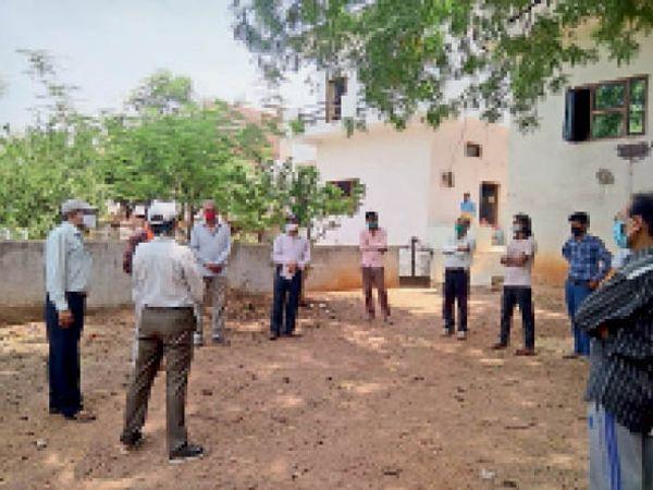नगर के सभी वार्डों में क्राइसिस मैनेजमेंट कमेटी की बैठक में नागरिकों से अनलॉक को सुरक्षित बनाने के लिए सुझाव मांगे गए। - Dainik Bhaskar