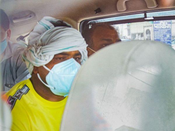 ओलिंपिक मेडलिस्ट पहलवान सुशील कुमार की पुलिस रिमांड 4 दिन और बढ़ गई है। - Dainik Bhaskar