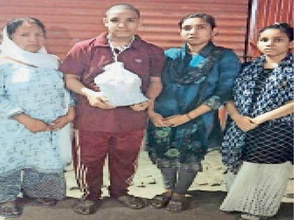 सिविल अस्पताल से जारी सर्टिफिकेट। - Dainik Bhaskar