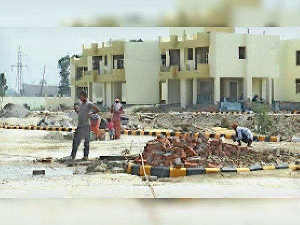 कुरुक्षेत्र  अधर में है अभी तक पिहोवा में अस्पताल का काम - Dainik Bhaskar