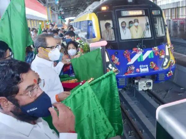 CM उद्धव ठाकरे आज मुंबई मेट्रो के फेज-2 का उद्घाटन करने के लिए कांदिवली हाईवे पर आकुर्ली रेलवे स्टेशन पर पहुंचे थे। - Dainik Bhaskar