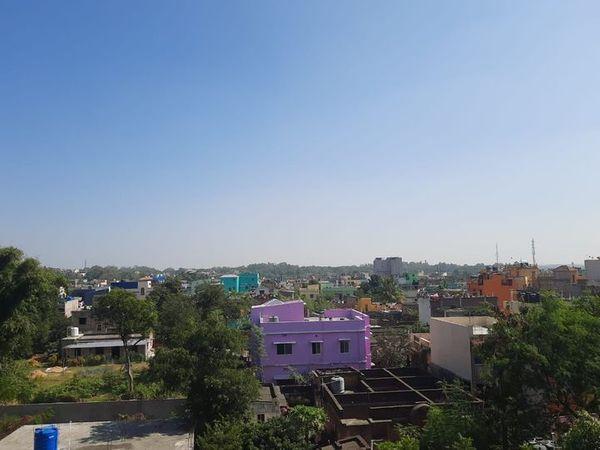 पिछले 24 घंटों के दौरान राज्य में सबसे ज्यादा अधिकतम तापमान दुमका में 35. 7 डिग्री सेल्सियस रिकार्ड किया गया। वहीं सबसे कम न्यूनतम तापमान रांची में 21.7 डिग्री सेल्सियस रिकार्ड किया गया। (फाइल फोटो ) - Dainik Bhaskar